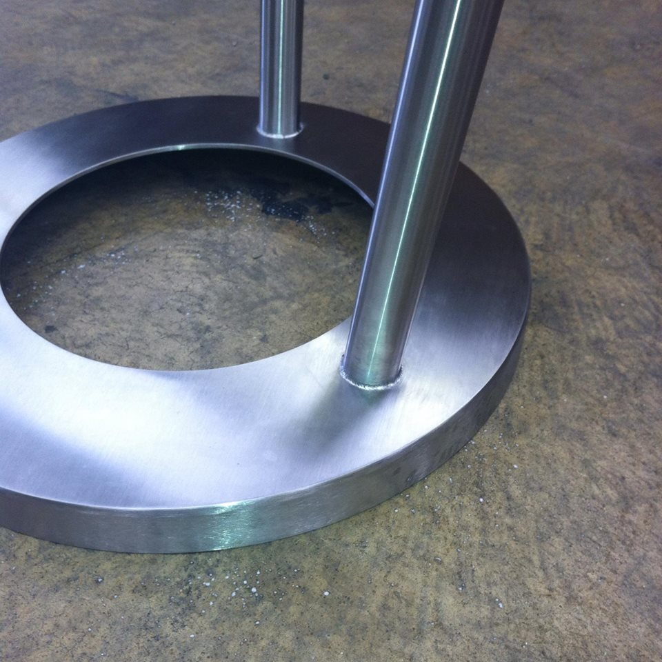 Stainless steel table weld